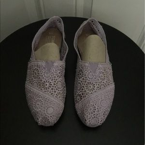 Toms Purple Lace Flats